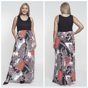 Dresses & Skirts - ❤️LAST 1X NEW PLUS Size Black Paisley Maxi Dress